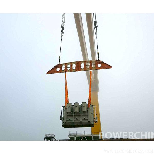 【电厂】国电投大丰H3 #300兆瓦海上升压站项目1号变压器顺利吊装就位 行业资讯